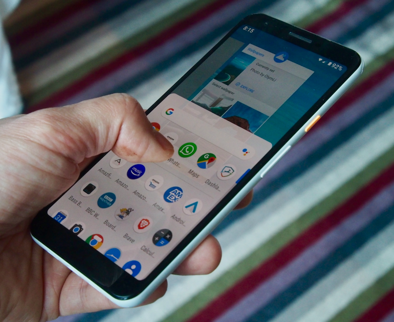 Google Pixel 3a XL interface in hand