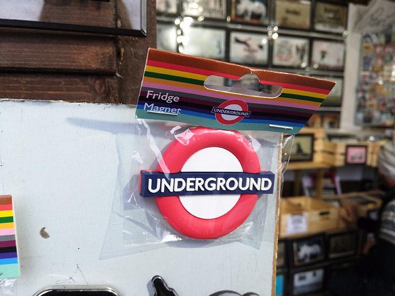 Honor-7X-camera-sample-Underground-fridge-magnet