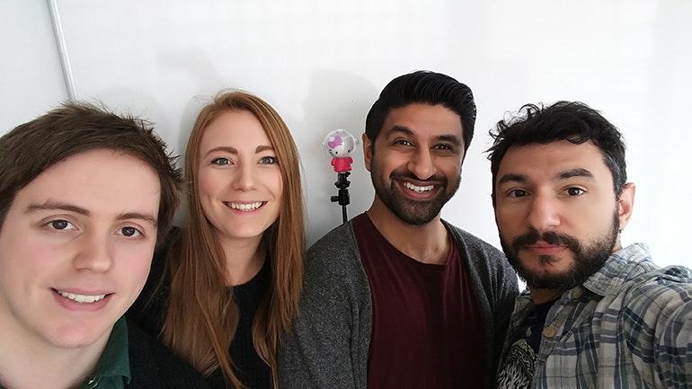 LG G5 group selfie