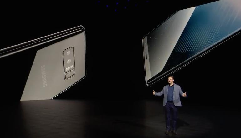 Samsung Galaxy Note 8 back presser