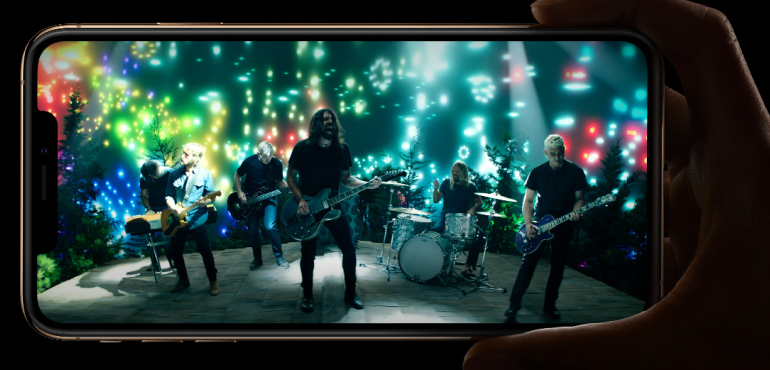 iPhone XS Foo Fighters all screen pack shot