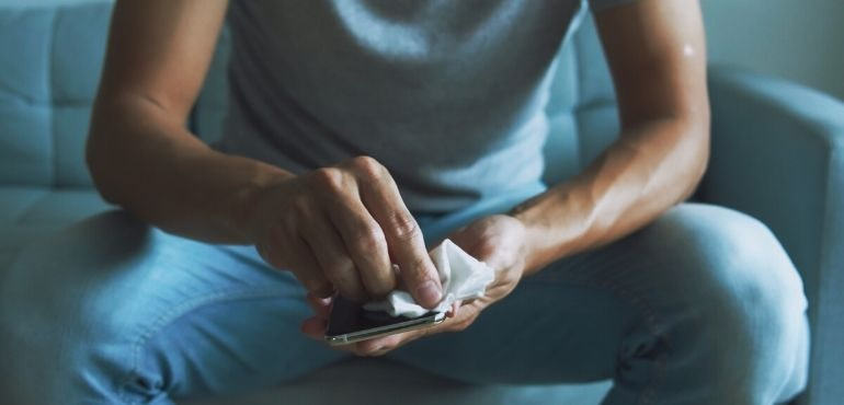 How to clean your smartphone: kill germs, bacteria and viruses