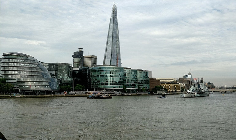Ru-OnePlus-5-camera-sample-The-Shard-and-City-Hall