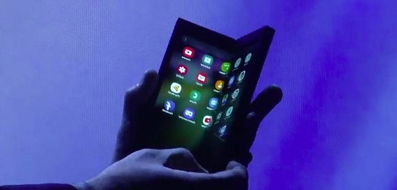 Samsung shows off foldable phone at CES
