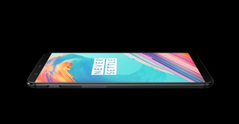 OnePlus5T-FlatTop