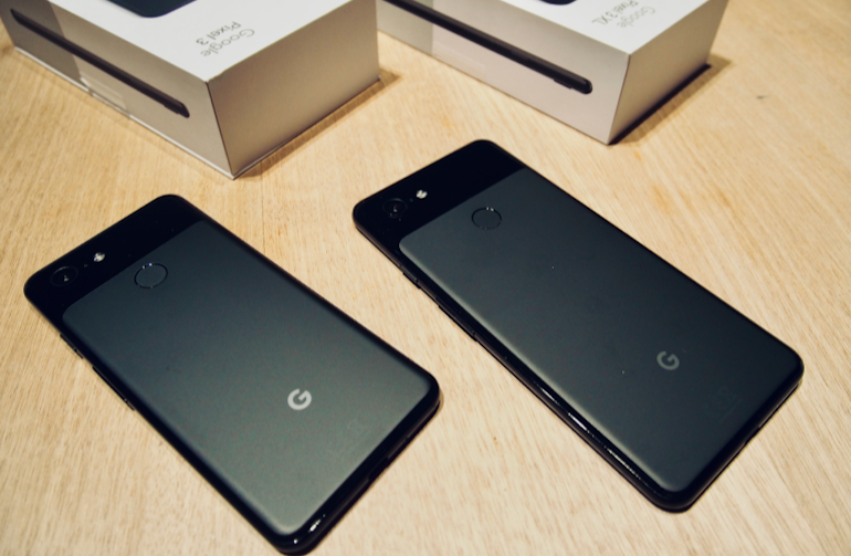 Google Pixel 3 and 3XL backs black unboxed