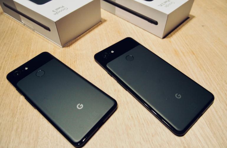 Google Pixel 3 and 3XL backs black unboxed