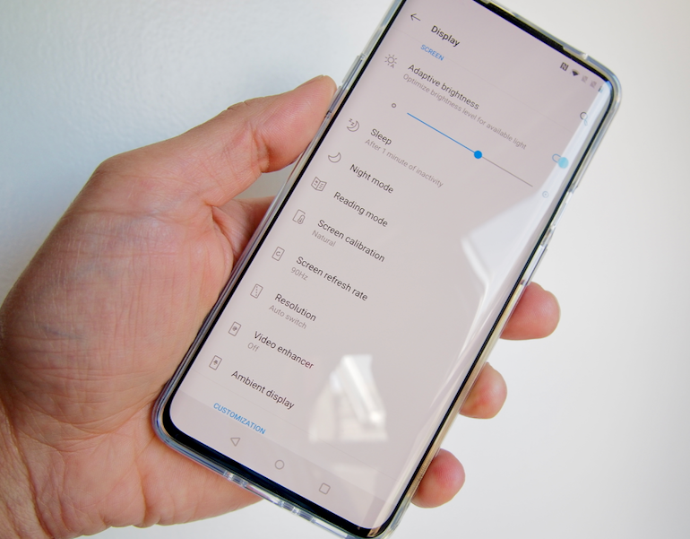 OnePlus 7 Pro display settings