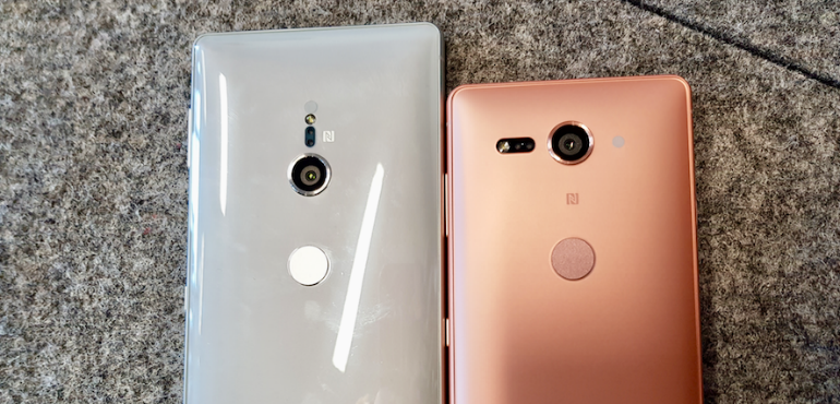 Sony Xperia XZ2 and XZ2 Compact back hero size