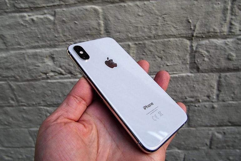 iPhone XS back white