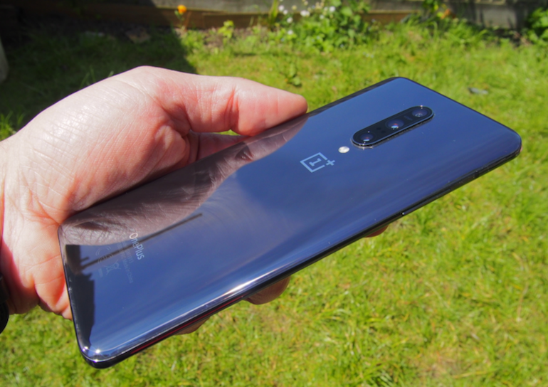 OnePlus 7 Pro side in the sun