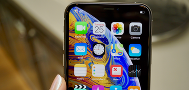 Apple cuts iPhone XS and iPhone XR orders as demand wanes
