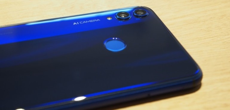 Honor 8X back camera lenses and fingerprint scanner hero size