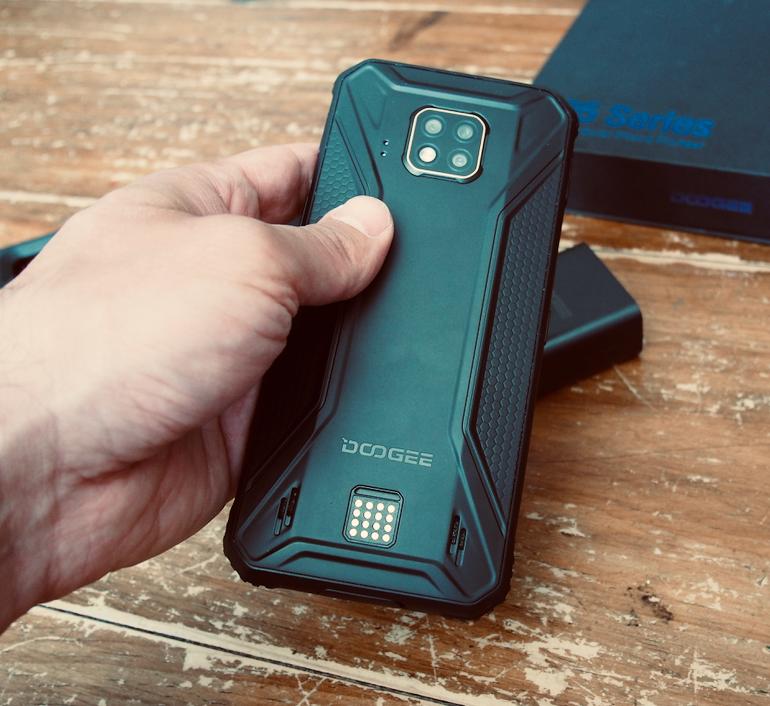 Doogee S95 Pro back