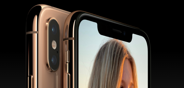 iPhone XS front and back camera lens hero size pack shot