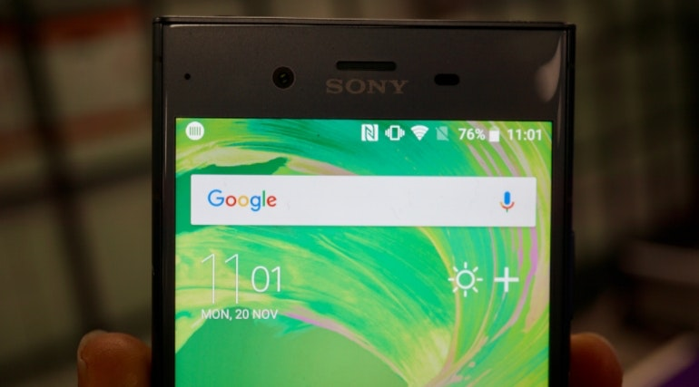 Sony Xperia XZ1 top half of the screen