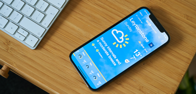 iPhone 12 Pro weather screen hero size
