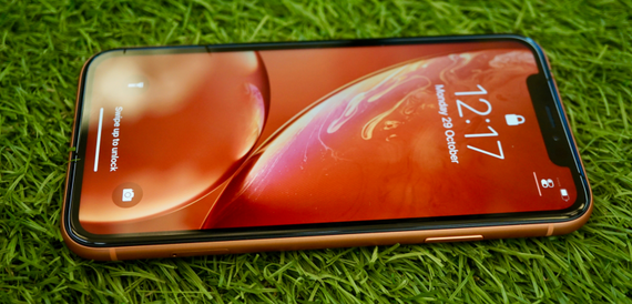 iPhone XR review: the best of the XS, without the sky-high price