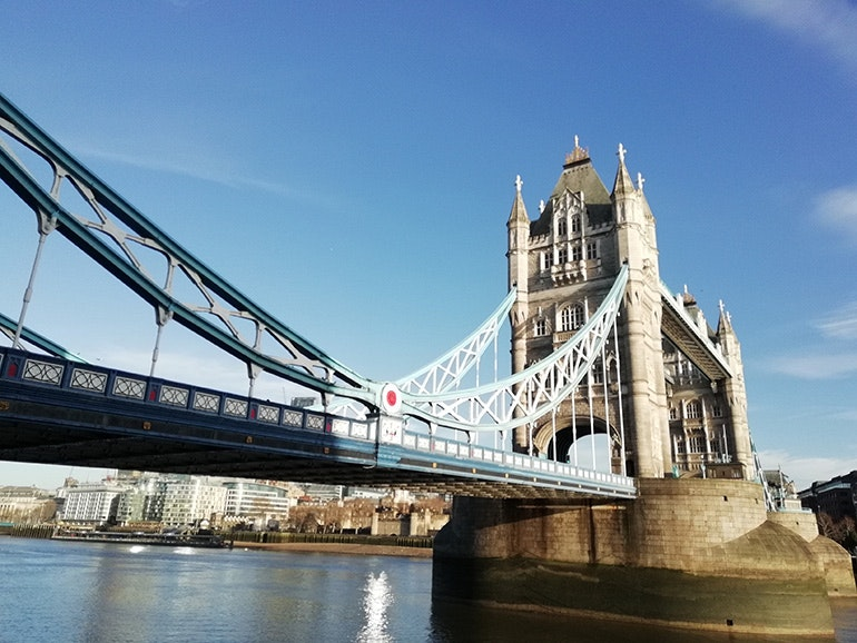 Huawei-P-smart-camera-sample-Tower-Bridge