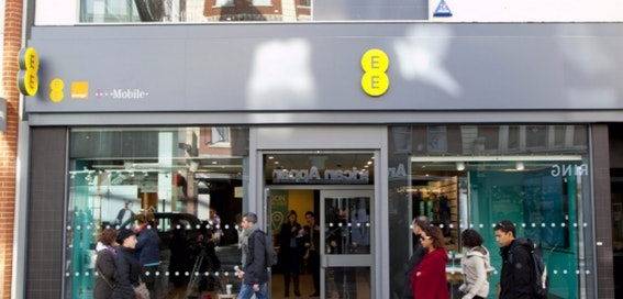 EE launches same-day smartphone delivery service