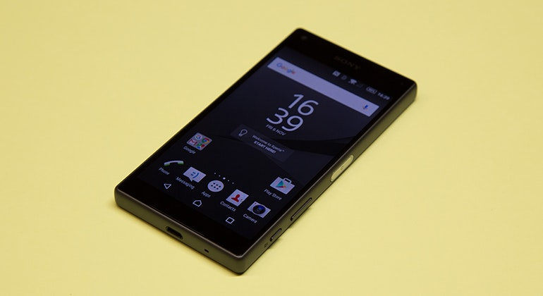 sony xperia z5 compact 45
