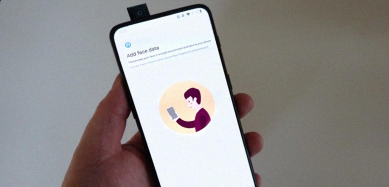 OnePlus 7 spotted with pop-up camera