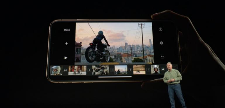 iPhone XS Max camera interface hero