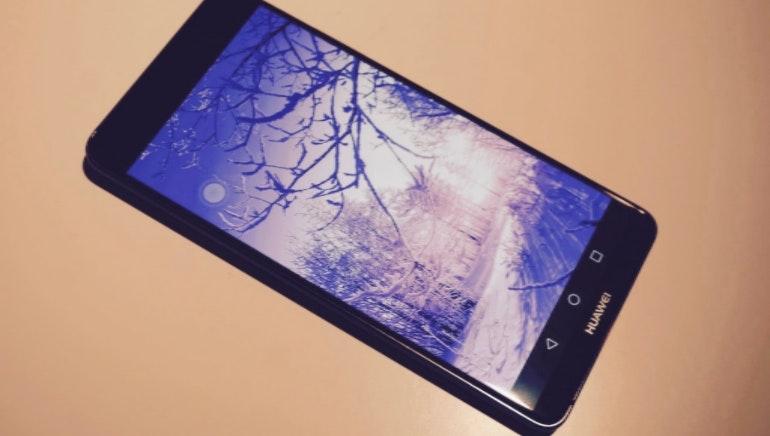 Huawei Mate 10 winter screen