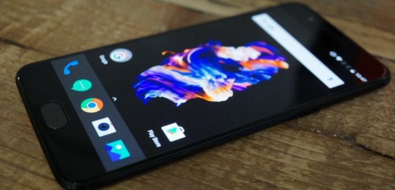 OnePlus 5 black background hero image