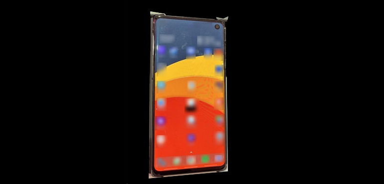 Samsung Galaxy S10 pictured for first time