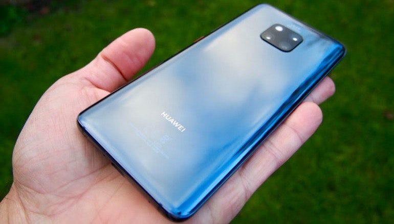 Huawei Mate 20 Pro back in hand camera lenses