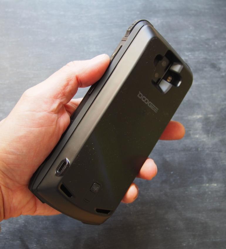 Doogee S90 battery module on