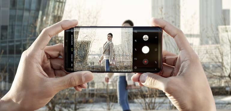 Samsung Galaxy S9 and S9 Plus get new augmented reality skills