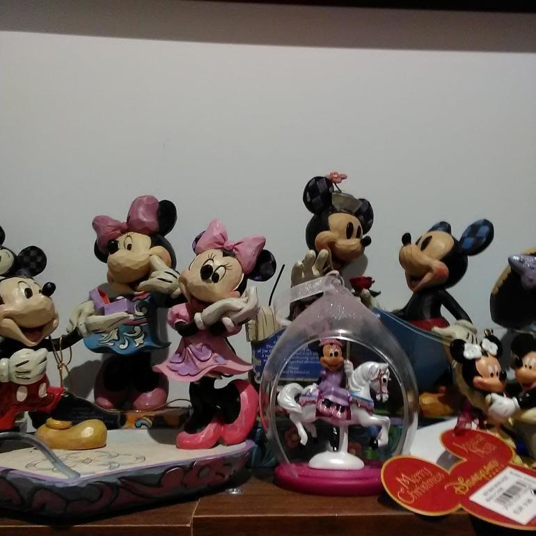Disney Neo smart watch camera sample Minnie Mouse figurines