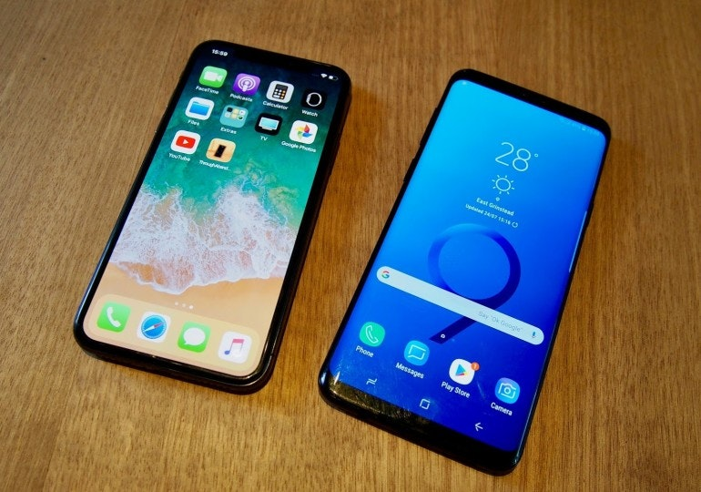 iPhone X and S9 Plus homescreens