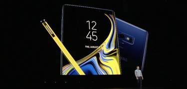 The Galaxy Note 9 named the best screen around
