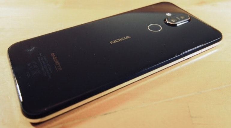 Nokia 8.1 black back