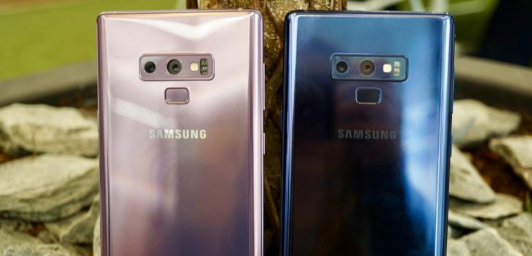 Samsung Galaxy Note 9 purple and blue backs camera lenses fingerprint scanner hero size