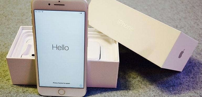 iPhone 7 Plus box