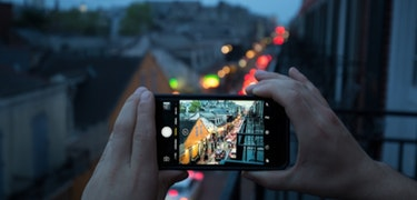 Four tips for better smartphone photography in low light conditions