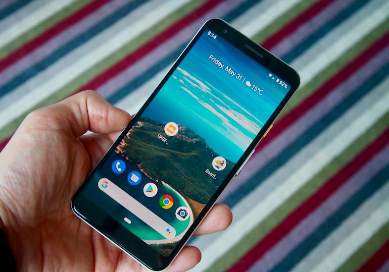 Google Pixel 3a XL screen in hand