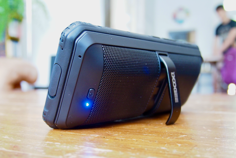 Doogee S95 Pro speaker on
