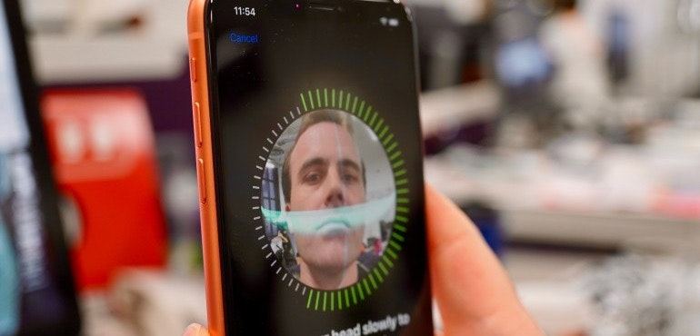 iPhone XR Face ID set up