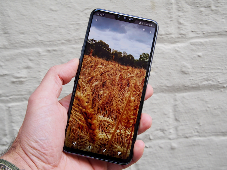 LG V50 ThinQ - review 27