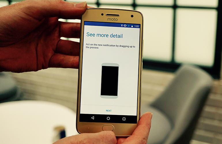 Motorola Moto G5 gestures