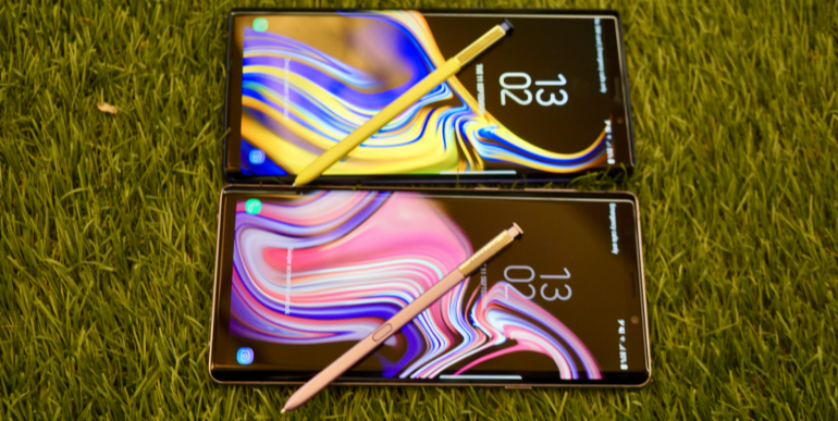 Samsung Galaxy Note 9 purple and blue lock screens S Pen stylus