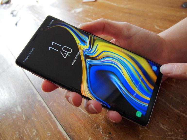 Samsung Galaxy Note 9 camera button