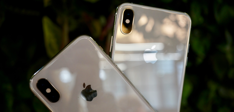 iPhone XS and XS Max back view
