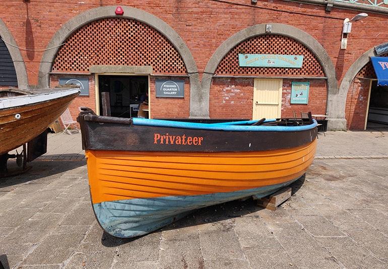 OnePlus 6 boat