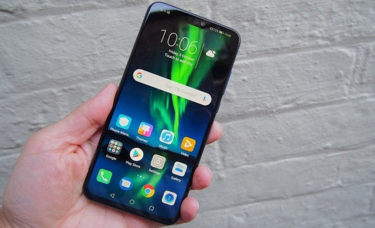 Honor 8X homescreen in hand